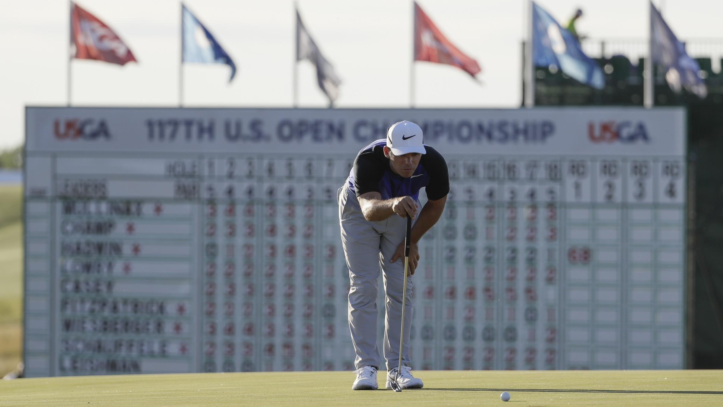 Crowded US Open leaderboard but world top three miss cut